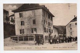 - CPA VILLERS-LE-LAC (25) - Hôtel De France (belle Animation) - Edition De L'Hôtel De France N° 82 - - Francia