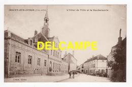 DD / 21 CÔTE D' OR / RECEY-SUR-OURCE / L' HÔTEL DE VILLE ET LA GENDARMERIE / ANIMÉE - Autres Communes