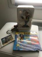 FIGURINE EN RESINE DE LUCKY LUKE - Statuettes En Résine
