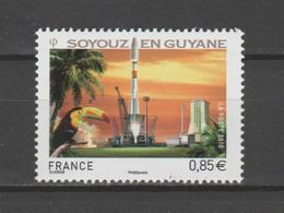 FRANCE / 2010 / Y&T N° 4458 ** : Soyouz En Guyane (gommé) X 1 - Unused Stamps