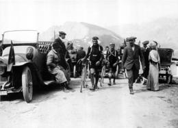 TOUR DE FRANCE 1912 LE BELGE  ODILE DEFRAYE FUTUR VAINQUEUR ET FABER PHOTO 17 X 12 CM TIRAGE DU JOURNAL L'EQUIPE - Radsport