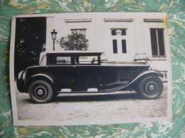 Grande Photo Originale : Une Voiture Ancienne - Automobiles