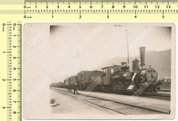 REAL PHOTO 1930s Steam Locomotive Vapeur, Train In Railway Station Yugoslavia ORIGINAL VINTAGE SNAPSHOT PHOTOGRAPH - Trenes