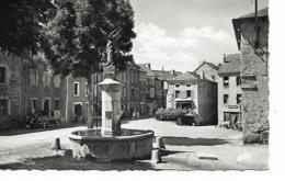 GRANDRIEU Place Saint-Michel - Gandrieux Saint Amans