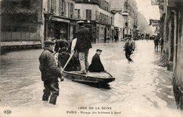 Dép. 75 - PARIS - Circulé - Crue De La SEINE - Passage Des Habitants à JAVEL - Inondations De 1910