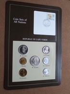 REPUBLIC OF CAPE VERDE ( Coin Sets Of All Nations ) Card 20,5 X 29,5 Cm. ) + Stamp 19.3.86 CABO VERDE ! - Kaapverdische Eilanden