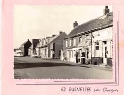 Busnettes Par Chocques.  Photo Marcel Guilbaut  Lambersart. . Commerce Bistrot. Photo Pompe A Essence - Altri Comuni