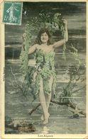 Fantaisie - Femme Nue Habillée Par Des Algues - Femmes