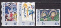 """1986-(MNH=**) Nuova Zelanda S.3v.""""Sanita' Per L'infanzia,disegni"""" - Nuova Zelanda"""
