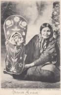 Flathead Tribe Native American Indian Mother With Child, C1900s Vintage Postcard - Indiens De L'Amerique Du Nord