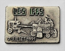 Pin's Moissonnage Les Iffs Ille Et Vilaine -R48 - Cities