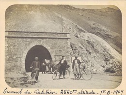 J36 - Photo Originale Début De Siècle - Tunnel Du GALIBIER - Isère - 2560 M. D'altitude - 1er Août 1909 - Luoghi