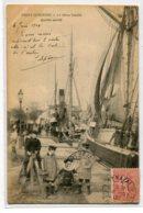 44 ST SAINT NAZAIRE Port Le Vieux Bassin Partie Ouest   Groupe Enfants Quai Bateaux Pecheurs  1904 Timb     D02 2020 - Saint Nazaire