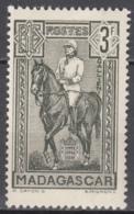 N° 221 - X X - ( C 1942 ) - Madagascar (1889-1960)
