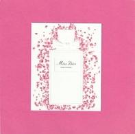 Roses N'Roses    Nouveauté ! Très Jolie Petite Carte - Perfume Cards