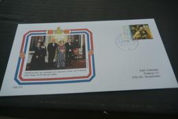 OSE-272 - FDC -Netherlands - Nederland - 2000 - Royal House - Koningin Beatrix Staatsbezoek Frankrijk - Pres. Chirac - Familias Reales