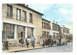 93 - NEUILLY-PLAISANCE - PLATEAU D'AVRON - Ecole Communale - CPSM - Neuilly Plaisance
