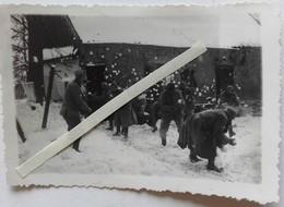 1916 1917 Poilus Faisant Une Bataille De Boule De Neige Tranchée Ww1 1WK 1914-1918 Photo - Guerre, Militaire