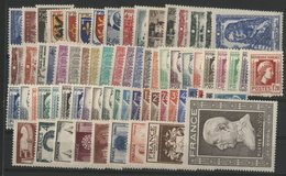 1944 ANNEE COMPLETE ** (MNH). Cote 105 €. N° 599 à 668 Soit 70 Timbres. TB. - 1940-1949