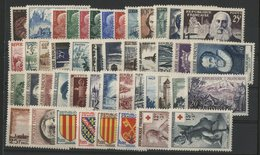 1955 ANNEE COMPLETE ** (MNH). Cote 258 €. N° 1008 à 1049 Soit 46 Timbres. TB. - 1950-1959