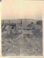 J37 - Photo Originale - VERDUN 1916 - L'abri D'Eix Avec Ses Cannais Où Nous Sommes Avec Notre Central - Guerre, Militaire