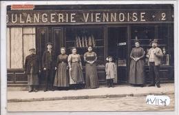 CARTE-PHOTO- BOULANGERIE VIENNOISE- MAISON SVENDSEN- AU 2 D UNE RUE - OU ? - A Identifier