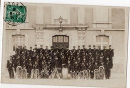 55  VERDUN   MUSIQUE MILITAIRE  TRES BEAU PLAN   CARTE PHOTO  1910 - Verdun