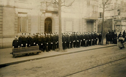 PRCP,  Le Mans :  Les Sapeurs-Pompiers, Brandweer, Photo Of Old Postcard, 2 Scans - Berufe