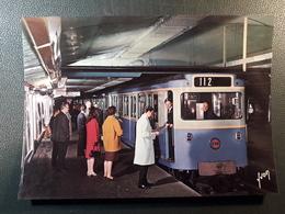 METRO PARIS STATION STATION NEUILLY  1 ERE CLASSE - Subway