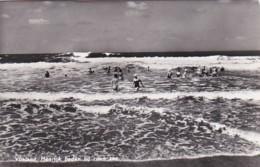 252780Vlieland, Heerlijk Baden Bij De Ruwe Zee.(FOTO KAART) ) (minuscule Vouwen In De Hoeken) - Vlieland