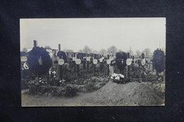 MILITARIA - Carte Photo - Cimetière Allemand Sur Le Front - L 52449 - Guerre 1914-18