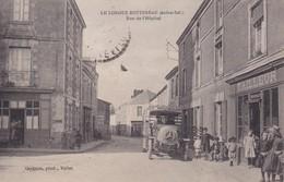 [44] Loire Atlantique > Le Louroux Bottereau Rue De L'hôpital Camion Mercedez ? - France