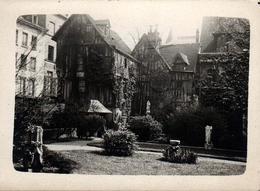 Photo Originale Rouen - 76000 - Intérieur De La Cour D'Albane En 1930 - Places