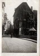 Photo Originale Rouen - 76000 - Rue Animée & Maison  De La Cour D'Albane En 1930 - Places