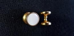 2 Boutons De Manchettes Dorés A Chaîne Et Enroulage Automatique ( Bouton De Manchette Manche  Chemise Ou Autre , Mixte ) - Boutons