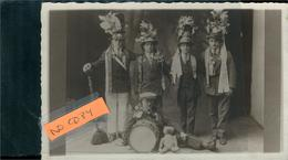 Conscrits ?carte Photo D'une Famille De Soufflenheim  Année Illisible  Belle Phot. Véritable à Localiser - Otros