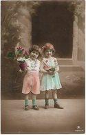 L170A656 - Joli Couple De Bambins Avec Des Fleurs  - PR N°4239/6 - Scenes & Landscapes