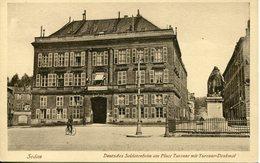 SEDAN. Deutsches Soldatenheim Am Place Turenne Mit Turenne-denkmal - Sedan