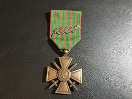 Croix De Guerre 1914-1918 Avec Palme (citation à L'Ordre De L'Armée) - 1914-18