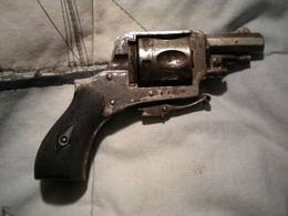 Ancien Petit Revolver - Decotatieve Wapens