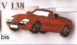 V138 Pin's  BMW Cabriolet Rouge Orange Qualité EGF Signée BMW 21 Au Dos Achat Immédiat - BMW