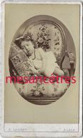 CDV Très Joli Cliché De Marie-Louise PRIEUR, Enfant De 2 Ans-décor Fauteuil Tapisserie-par Ladrey à Paris Vers 1880 - Old (before 1900)