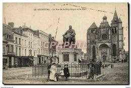 CPA Le Neubourg La Rue De La Republique Et La Place - Le Neubourg