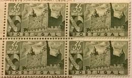 "POR#4746-Block Of 4 MNH Stamps Of 35 Centavos - ""Castelos De Portugal - Castelo Da Feira"" - Portugal - 1946 - Blocchi & Foglietti"