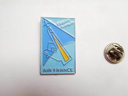 Beau Pin's , Aviation , Avion , Compagnie Air France - Aviones