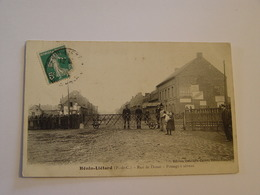 PAS DE CALAIS-HENIN-LIETARD-RUE DE DOUAI PASSAGE A NIVEAU ED DELAVALLE CARON -ANIMEE - France