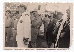 INSTALATION DU PREFET DE CASSAIGNE  PETITE PHOTO 1957   VOIR LEGENDE AU DOS - Guerra, Militares