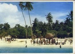 Maldives  Atoll - Formato Grande Viaggiata – E 14 - Maldive