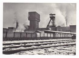 Tchéquie KARVINA II Doly Velkodul Cs Armady Puits De Mine Train Wagonnets ? VOIR DOS NAKLADATELSTVI ORBIS Praha - Tschechische Republik