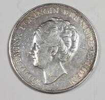 PAYS-BAS   --  2 1/2 GULDEN  1930 ( Arg. ) - 2 1/2 Gulden